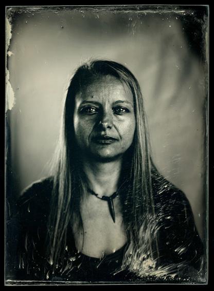 Larisa Banek